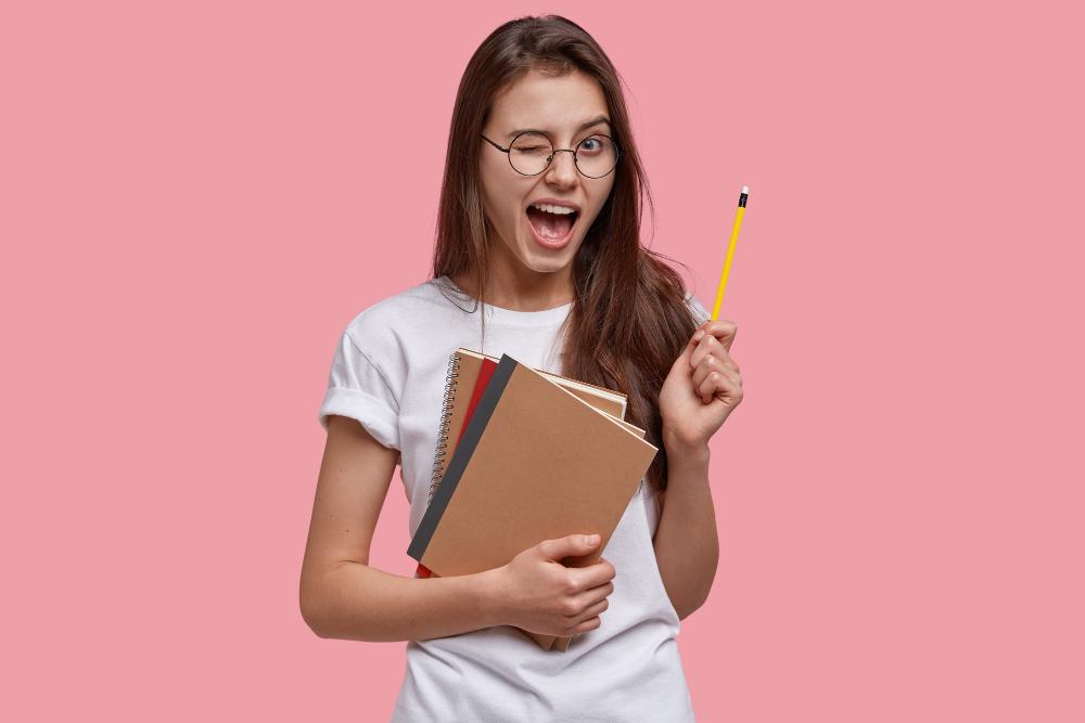 <a href='https://www.freepik.com/photos/school'>School photo created by wayhomestudio - www.freepik.com</a>